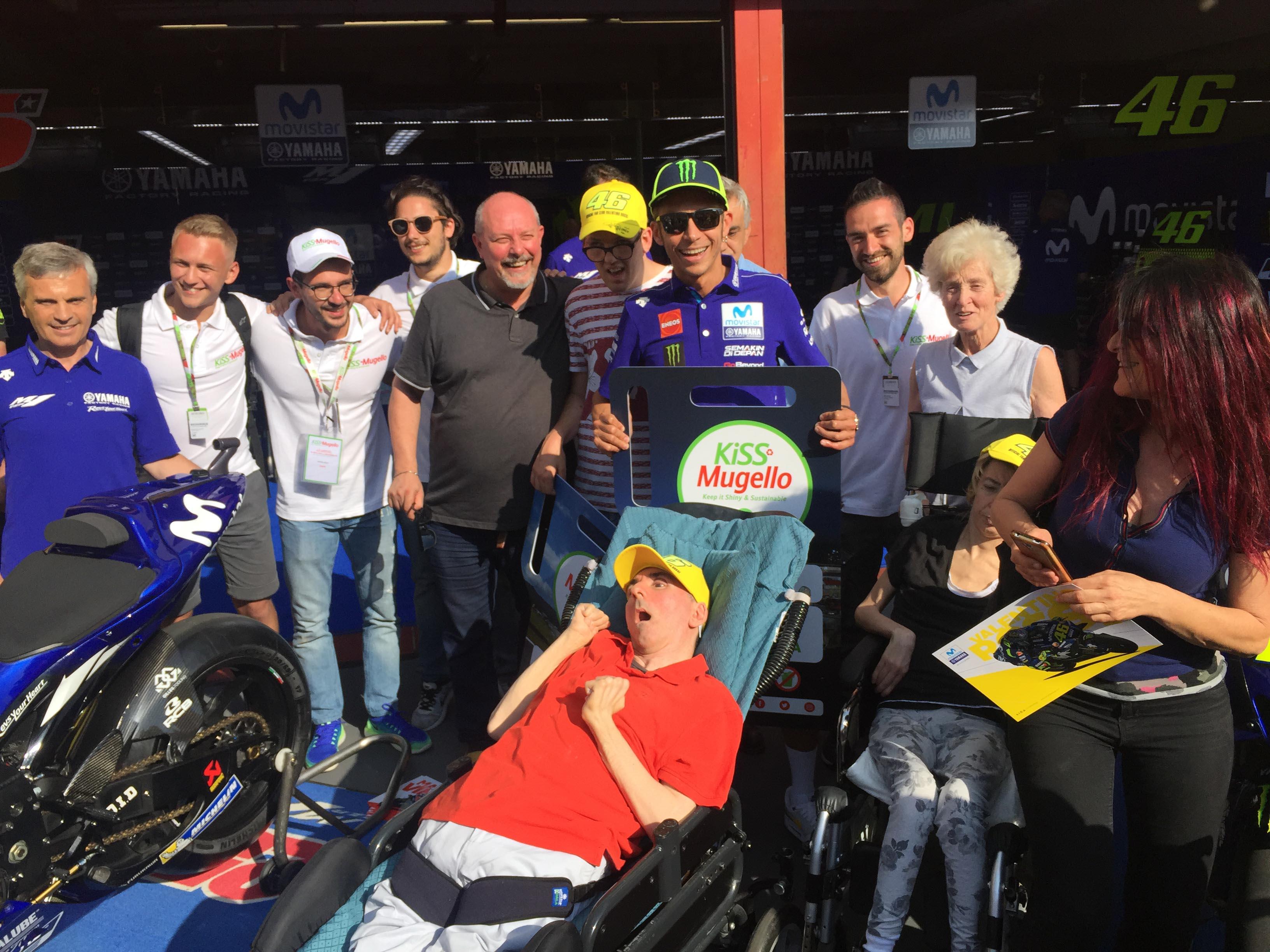 Pit Walk Solidale con Valentino Rossi (1)